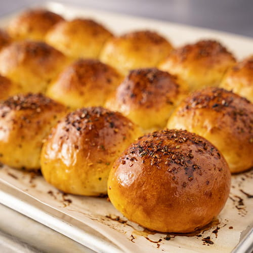 Buttermilk bread rolls Fiery Habanero and Roasted Garlic