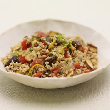 Almond and Date Bulgur Salad with Sofrito