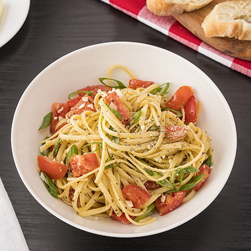 Linguini with Fresh Tomatoes