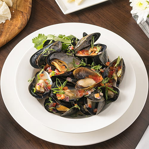 Thai Mussels with Sweet Chili Sauce