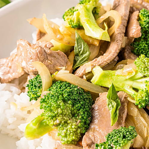 Beef and Broccoli Stir Fry with Green Curry